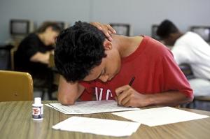 ალჟირის მთავრობა სკოლის გამოცდების გამო ქვეყანაში ინტერნეტს თიშავს