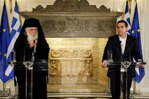 საბერძნეთი მღვდლებს საჯარო მოხელის სტატუსს ჩამოართმევს და ხელფასს აღარ გადაუხდის