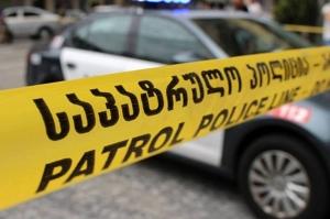 თბილისში ახალგაზრდა მამაკაცმა ეჭვიანობის გამო ერთი ნაცნობი მოკლა, მეორე დაჭრა –შსს