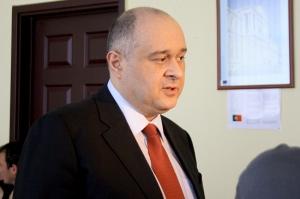 თბილისში ეროვნულ-დემოკრატიული პარტიის ოფისი გატეხეს
