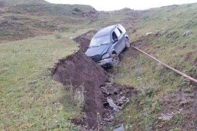 თუშეთში ავარიის შედეგად 16 წლის გოგონა დაშავდა