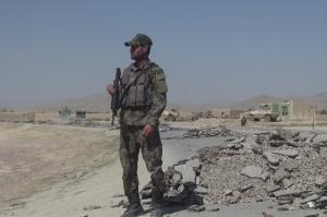 თალიბების თავდასხმის შედეგად 13 ავღანელი სამხედრო დაიღუპა