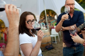 The Guardian კახეთში დამზადებული სამი ღვინის შესახებ წერს