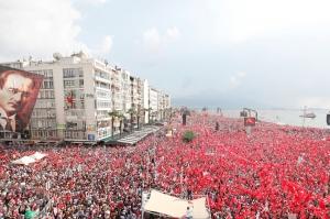 თურქეთში ოპოზიციის და ერდოღანის მხარდამჭერები აქციებს მართავენ