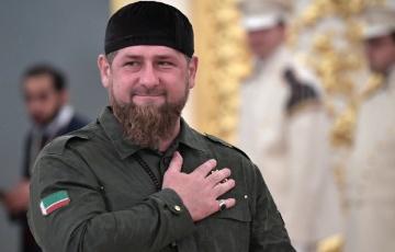 რუსეთი ახლოსაა და ხელს გამოგიწვდით – კადიროვმა ზელენსკის გამარჯვება მიულოცა