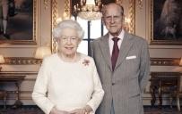 დედოფალმა ელისაბედმა და პრინცმა ფილიპმა ქორწინების 70 წლის იუბილეს ფოტო მიუძღვნეს