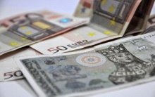 1 აშშ დოლარის ოფიციალური ღირებულება 2.7268 ლარი გახდა