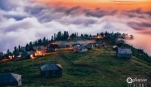 """მოგზაურობა ღრუბლებს ზემოთ: ქართველ ფოტოგრაფთა პროექტი """"სეზონური ფოტოდღიური"""""""