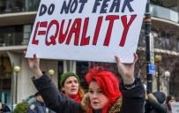 """""""ფემინიზმი"""" Merriam-Webster-მა 2017 წლის სიტყვად დაასახელა"""